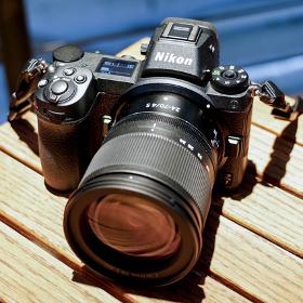 プロカメラマンに聞く、鉄道写真とニコンの新型カメラ