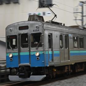 軽くて高画質なミラーレスカメラ、「ニコン Z5」の実力を鉄道撮影で測る