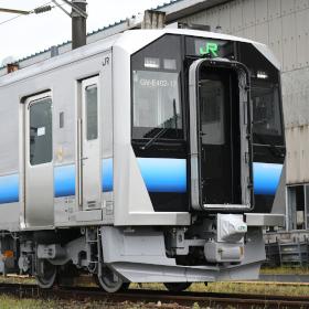 電気で走るディーゼルカー、GV-E400系が秋田・青森でも登場