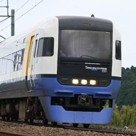 進化したニコンの新型カメラ、「Z 6II」で鉄道撮影