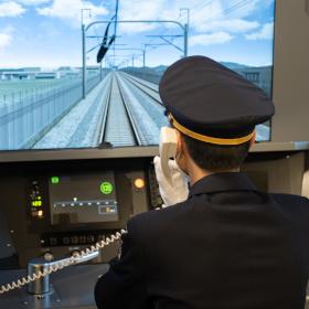 災害や列車火災、さまざまな状況に対応する東海道新幹線の訓練