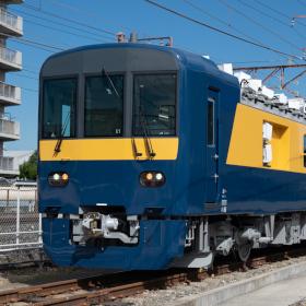 新型検測車「DEC741」