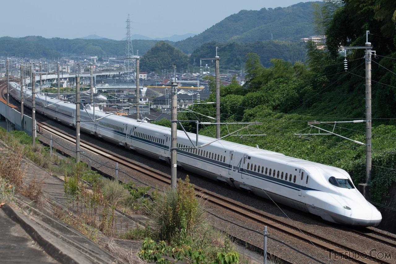 長さでは旅客列車で日本最長の「のぞみ」