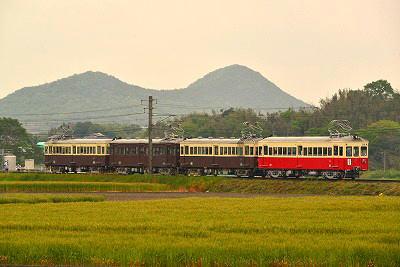 レトロ電車(イメージ)