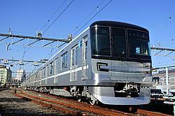 日比谷線13000系