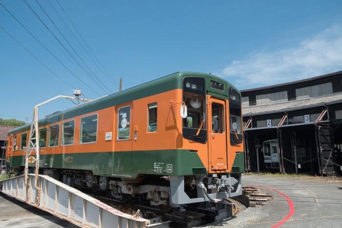 ラッピング列車「Re+」