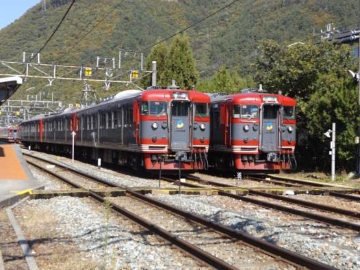 しなの鉄道の115系