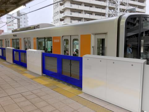 朝霞駅ホームドア(イメージ)