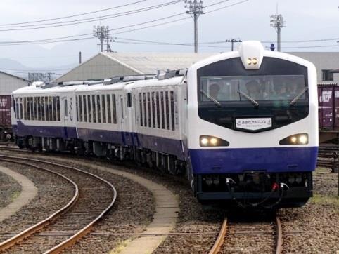秋田港クルーズ列車