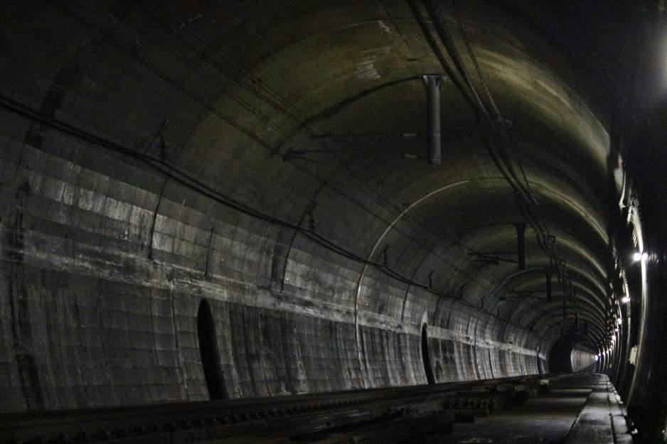 鍋立山トンネル