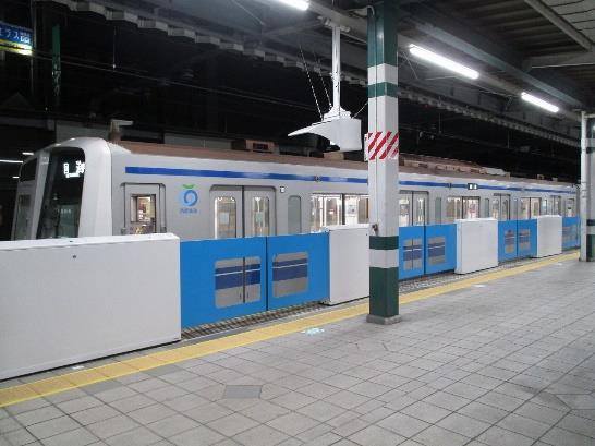 練馬駅ホームドア