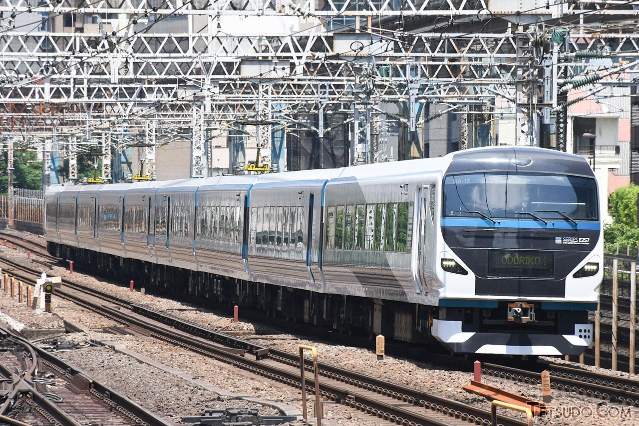 東海道線用のE257系