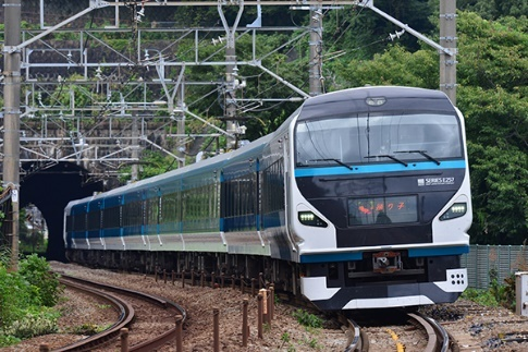 特急「湘南」に使用するE257系