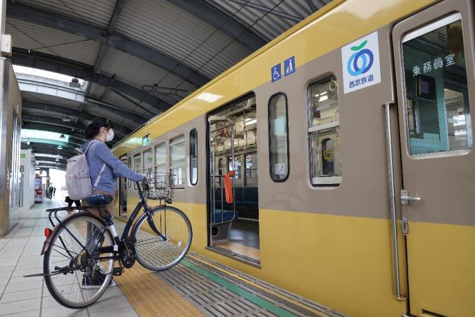 西武多摩川線サイクルトレイン(乗車時イメージ)
