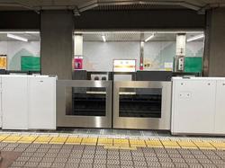 大阪メトロ 長居駅 可動式ホーム柵 運用
