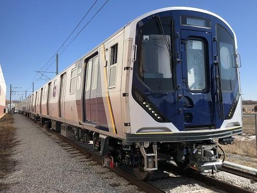 新型地下鉄車両「R211」