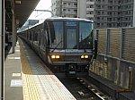加古川に入線する新快速.jpg