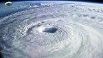 台風とUFO