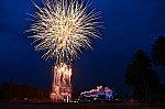 SL大樹6号と打ち上げ花火