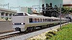 683系「サンダーバード」(リニューアル車)