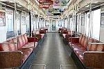 Osaka Metro 24系(初期リニューアル車)車内