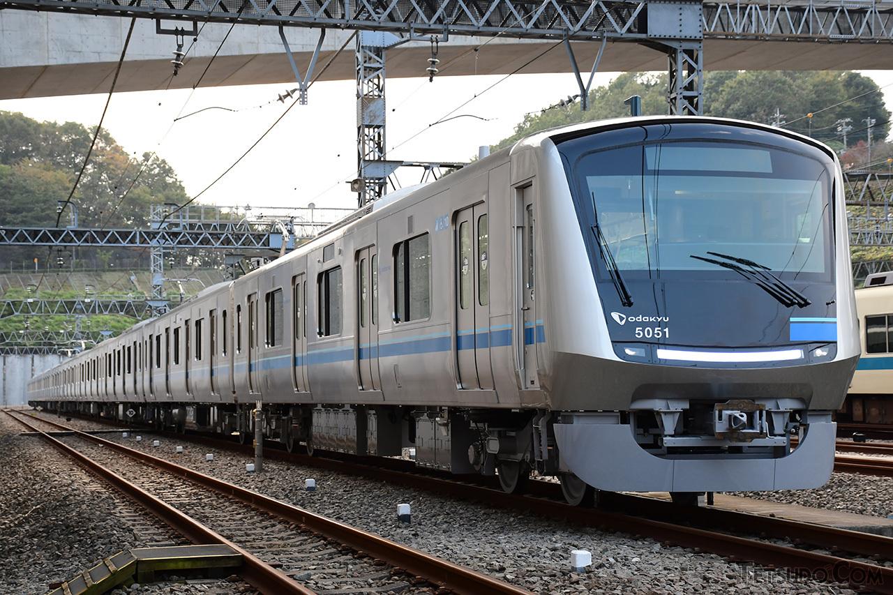 小田急12年ぶりの新型通勤車両「5000形」