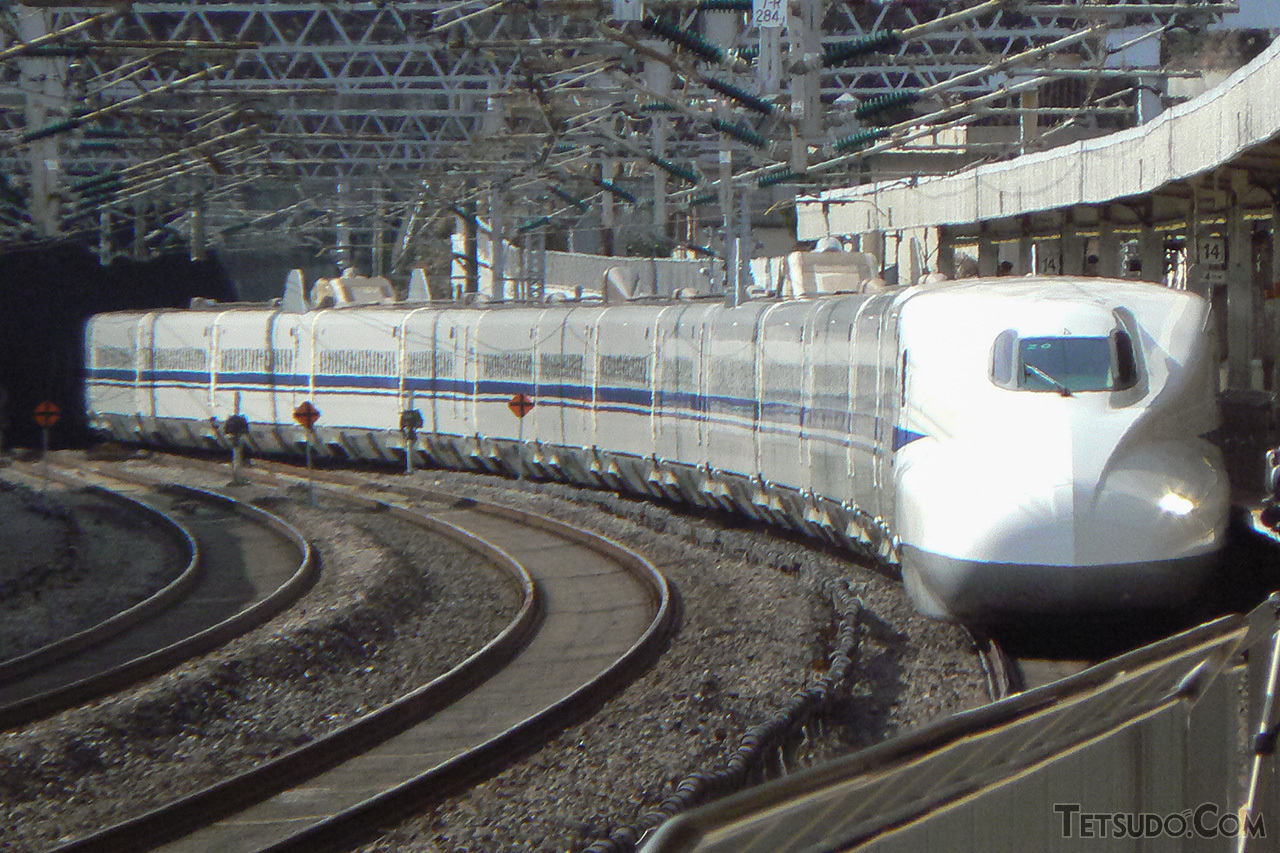 東海道新幹線で試運転中のN700系Z0編成