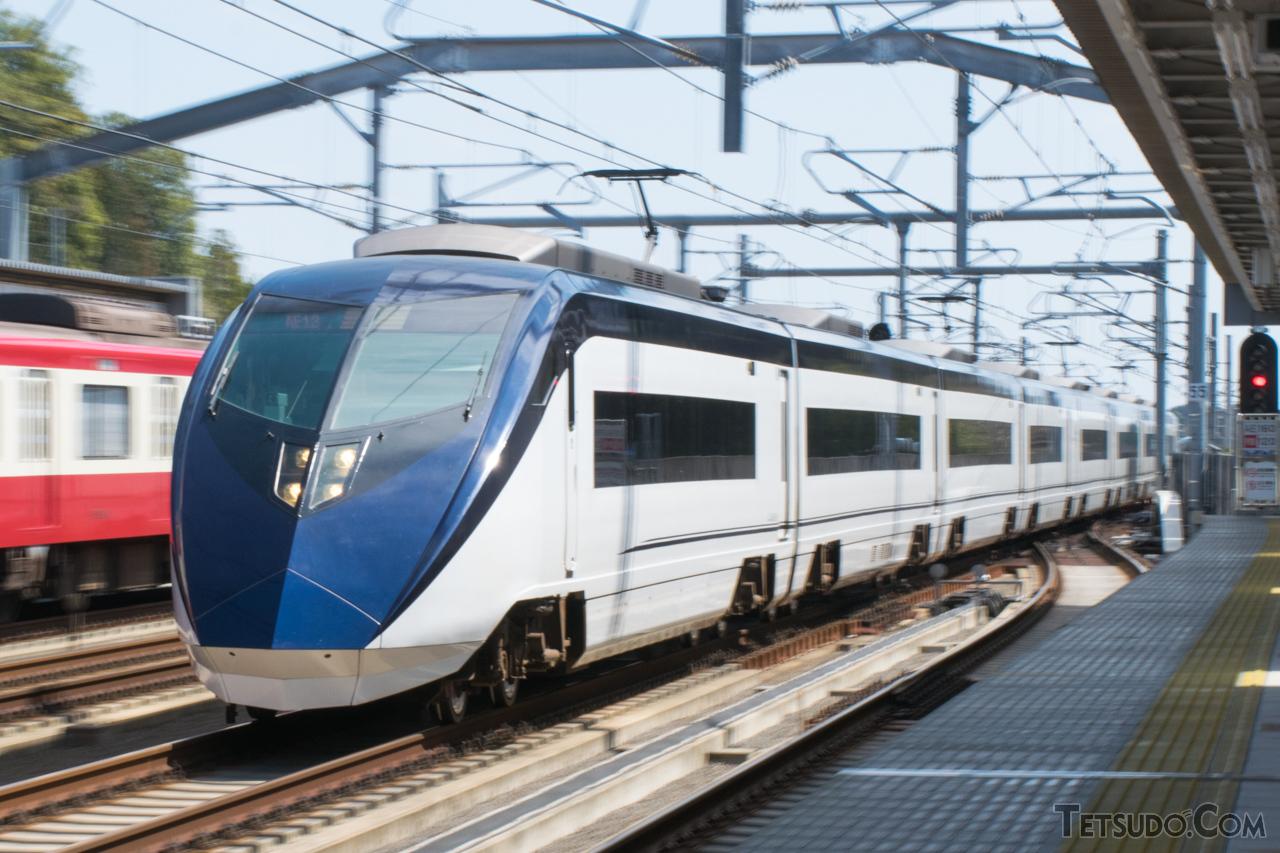 新幹線以外では国内最速の「スカイライナー」