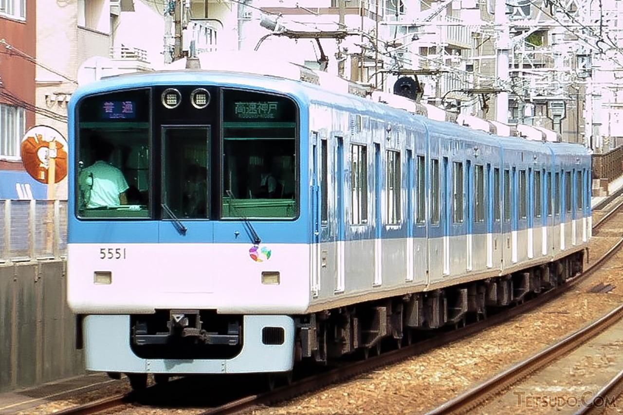 阪神の普通車用車両「ジェットカー」の一つ、5550系