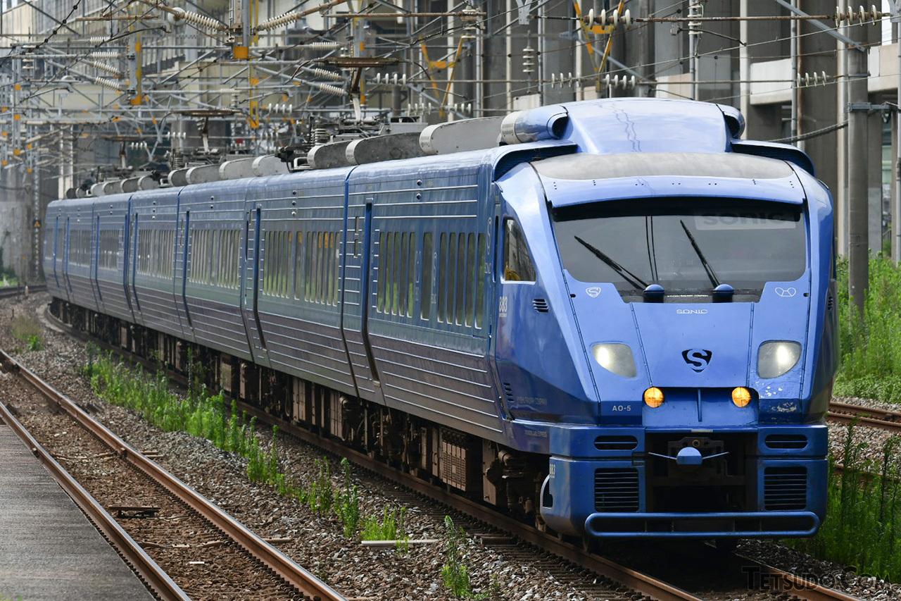 北海道や九州のJR在来線も、その多くが交流20000ボルトで電化されています