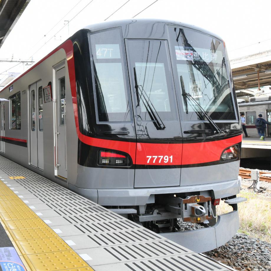 東武線と日比谷線を座って直通、「THライナー」に乗ってみました