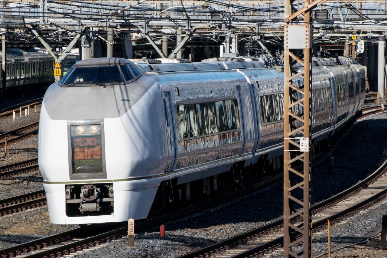高崎線の特急「スワローあかぎ」