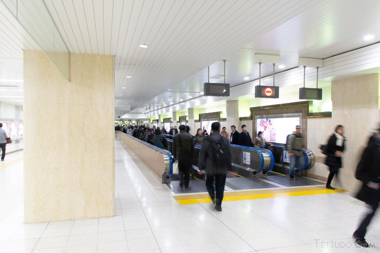 成田新幹線用に工事が進められた、現在の京葉線連絡通路