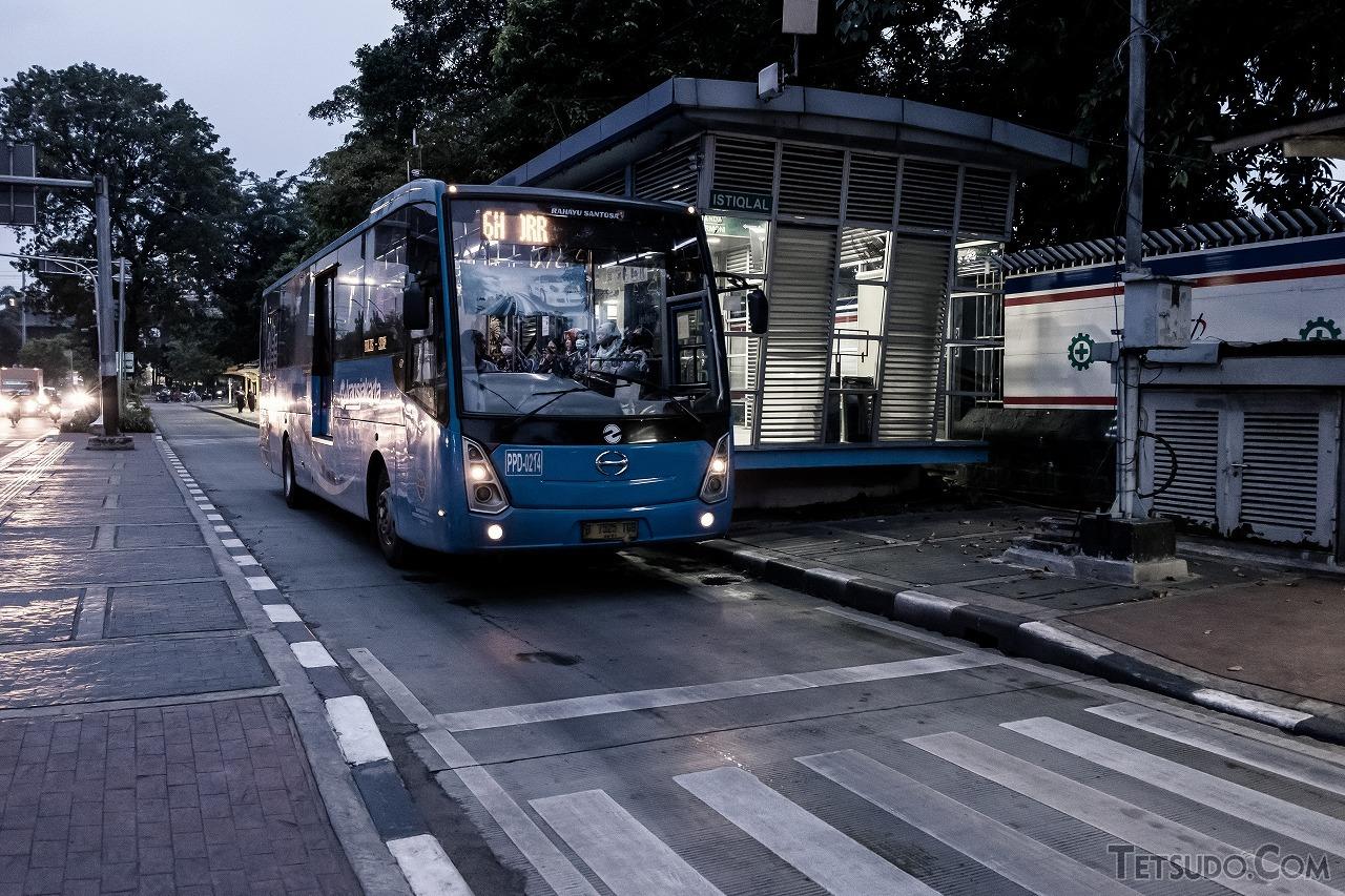 形 バス 複数