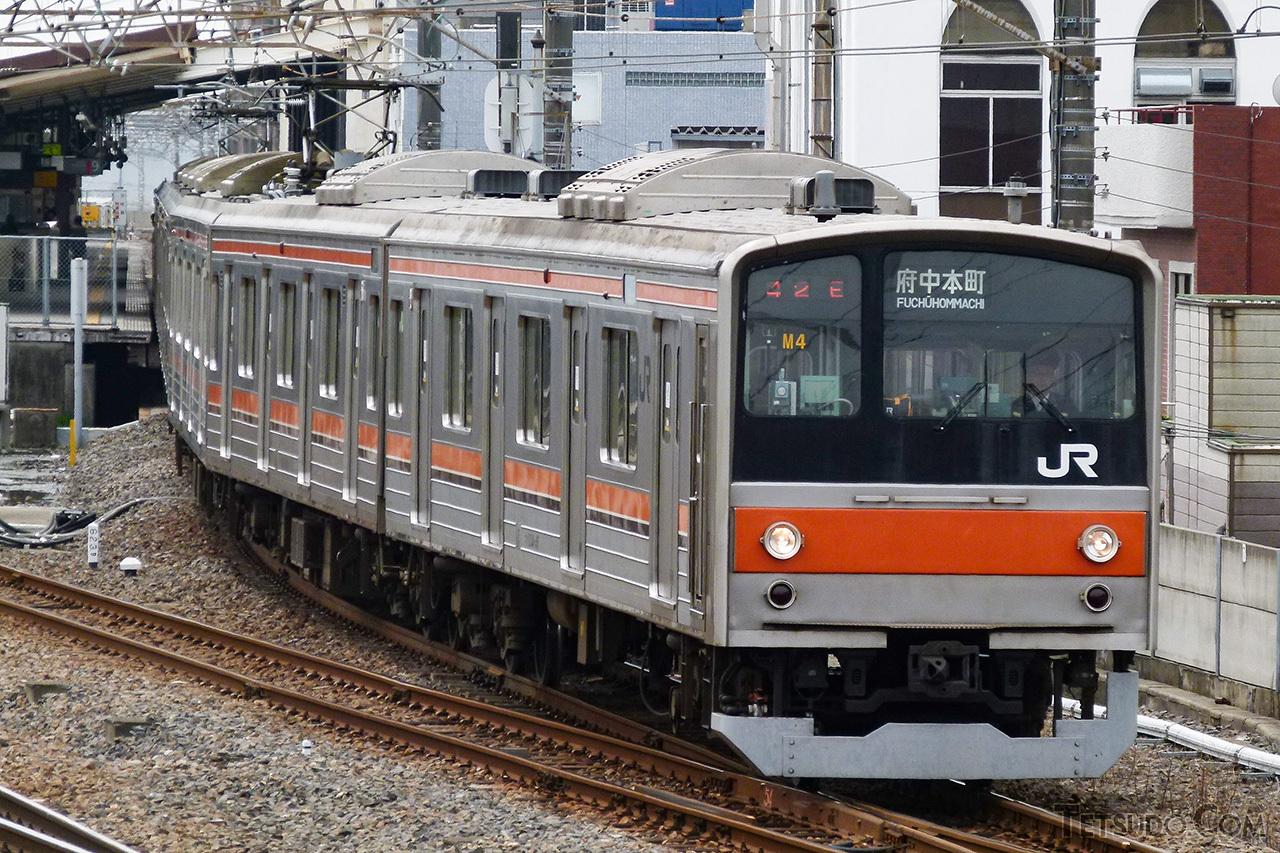 2002年より武蔵野線での運用が始まった、205系の転属車グループ