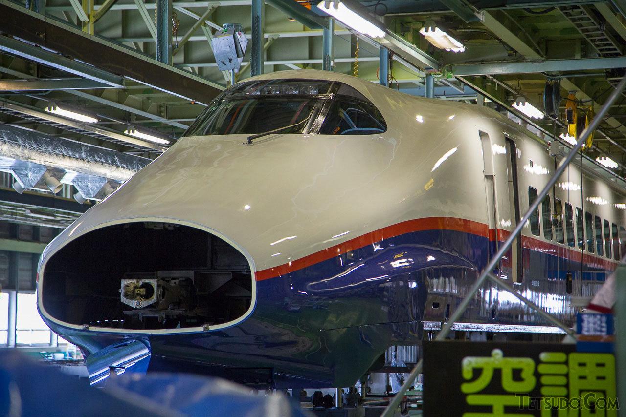 宮城県の新幹線総合車両センターで開催される「新幹線車両基地まつり」。JR東日本が保有する新幹線車両の保守・検査を担う車両基地で、検査中の新幹線車両などが見学できます。(2014年9月13日)