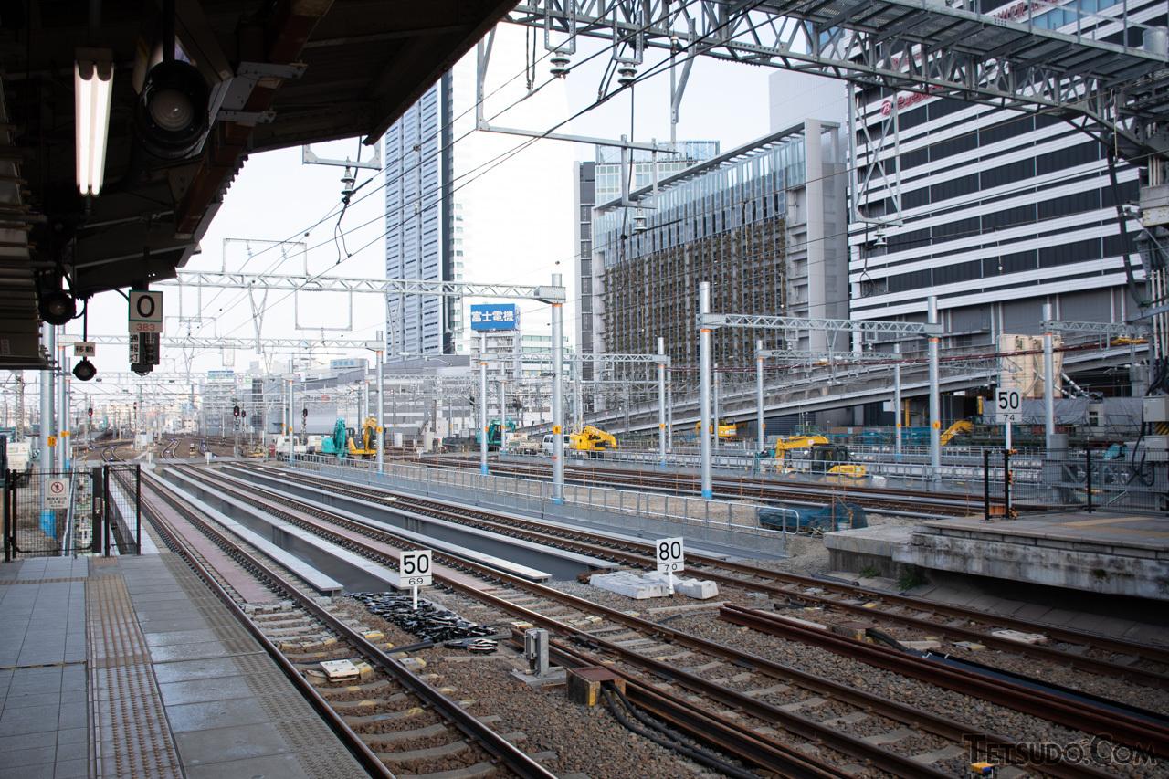 工事中の名古屋駅。在来線駅の地下にリニア中央新幹線の駅を構築しています(2020年12月撮影)
