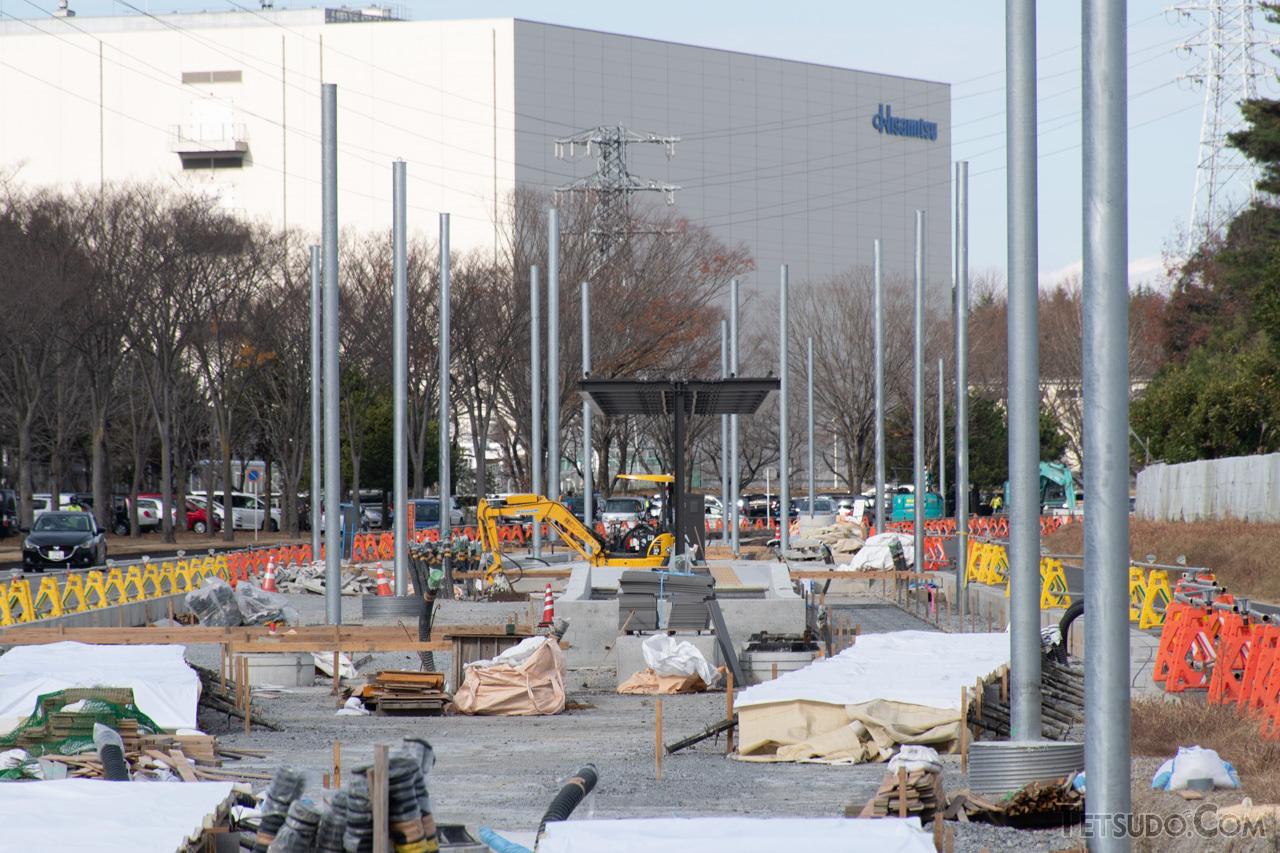 停留所の工事が進む清原工業団地内のルート予定地(2020年12月撮影)