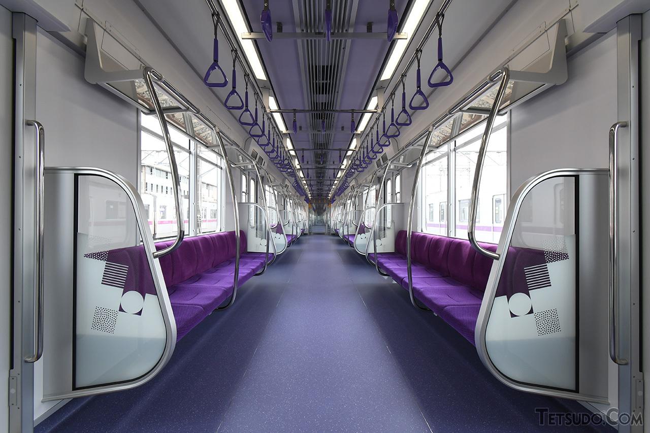 紫を基調とした車内