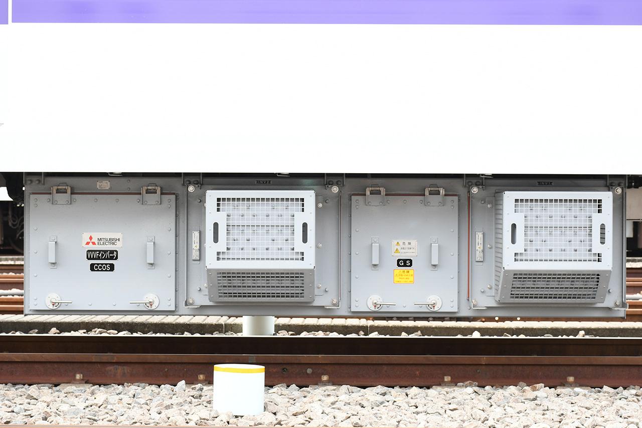 18000系のVVVFインバータ制御装置