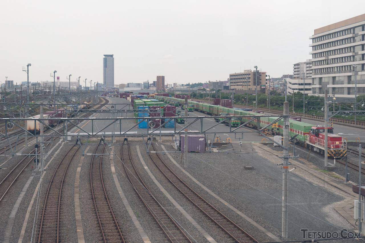 大阪における貨物の拠点駅、吹田貨物ターミナル駅