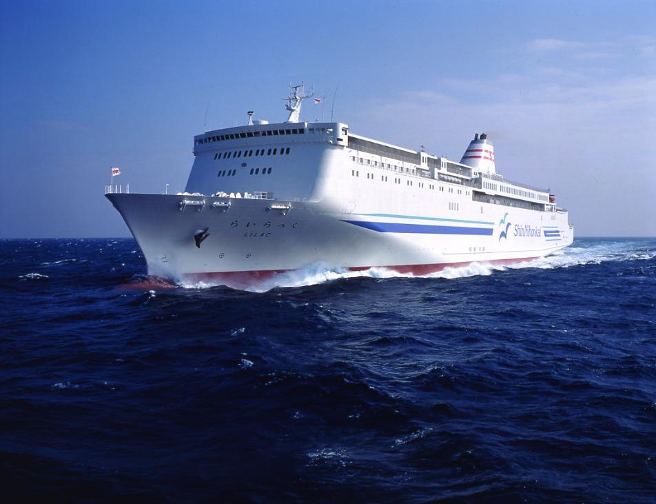 敦賀~苫小牧航路に就航する「らいらっく」(提供:新日本海フェリー)