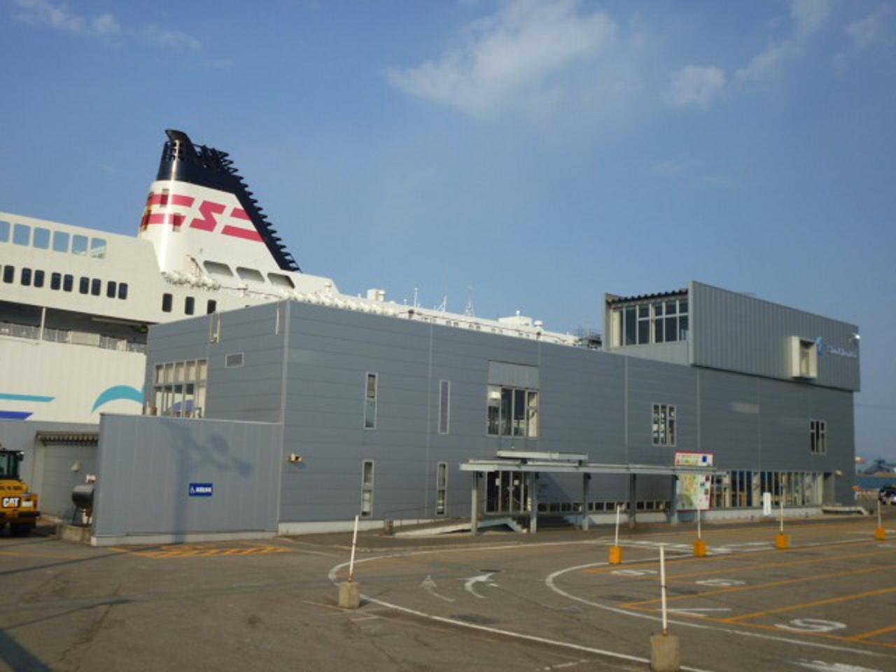 秋田フェリーターミナル(提供:新日本海フェリー)