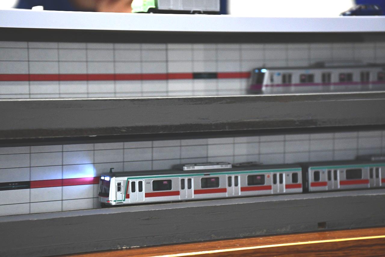 2層構造を再現した桜新町駅