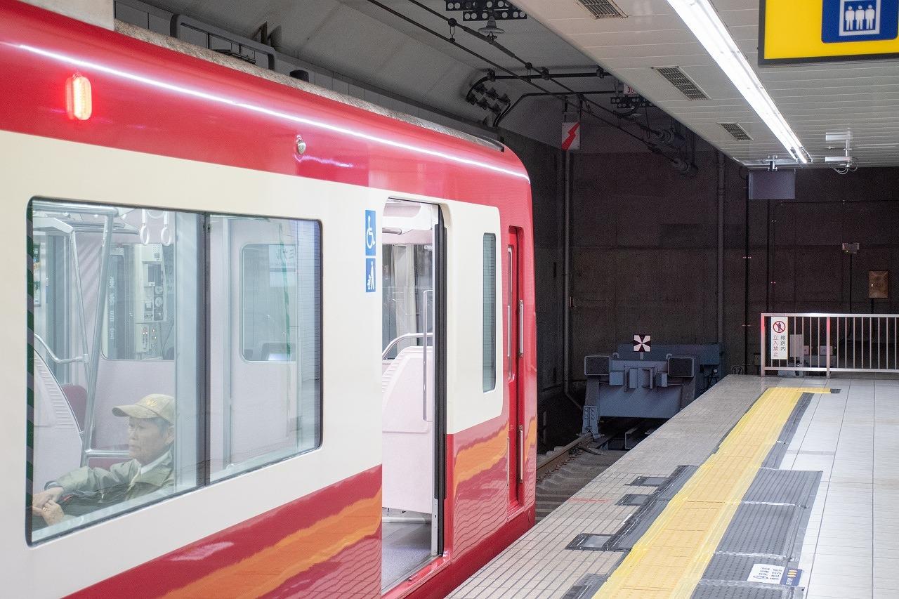 羽田空港国内線ターミナル駅の終端付近。車止めから先、約200メートルを延伸し、引き上げ線を建設する計画があります