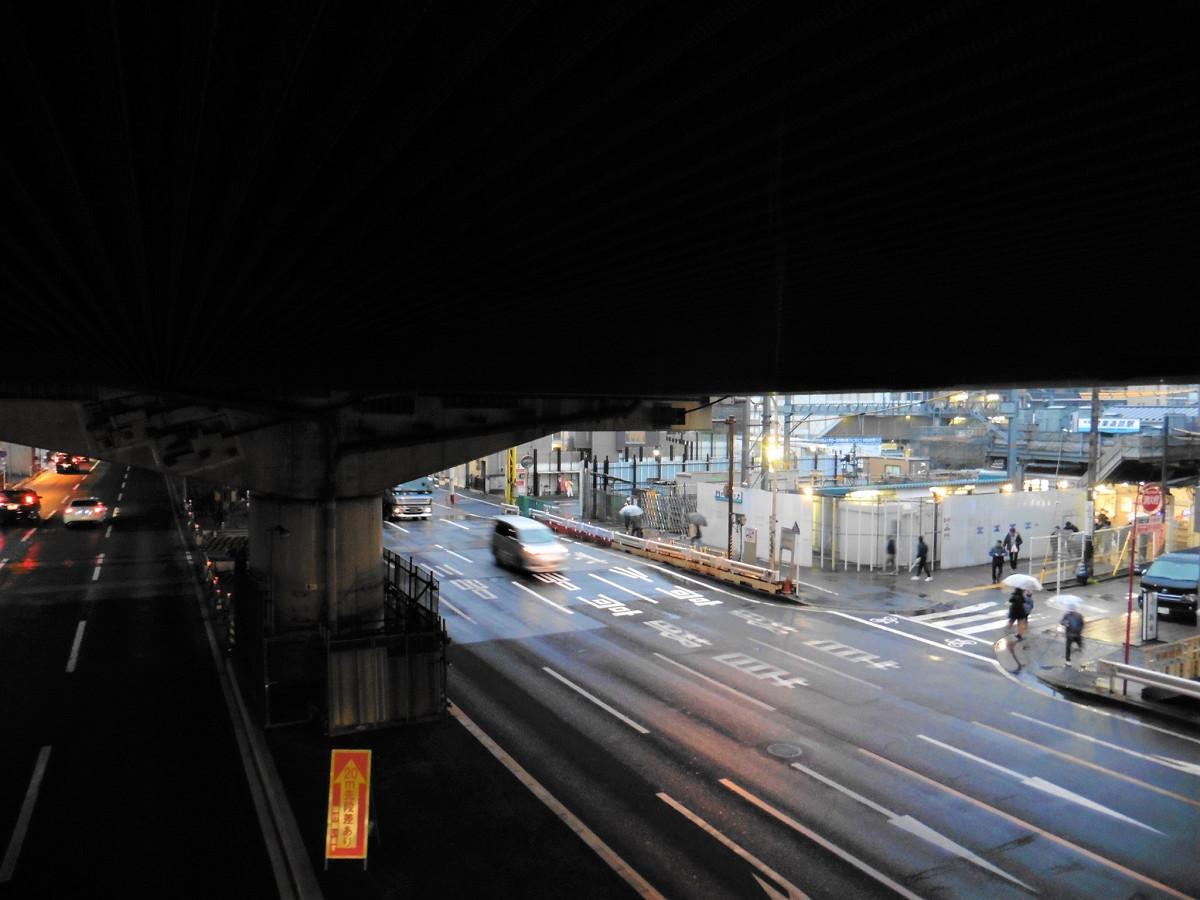 【アフター】地下線切り替えにより、赤い電車が踏切を通るシーンも過去のものになりました。