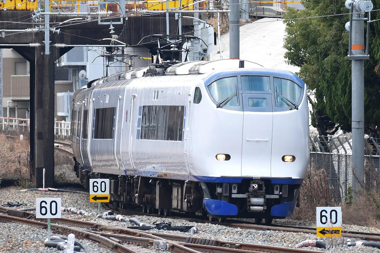JR西日本が運行する関空特急「はるか」