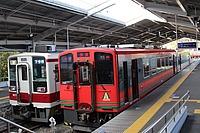 train, track, building, station, transport, platform, land vehicle, vehicle, pulling, red, railroad, public transport, traveling