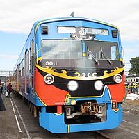 sky, outdoor, transport, land vehicle, train, vehicle, bus