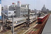 sky, train, railroad, outdoor, rail, vehicle, station, land vehicle